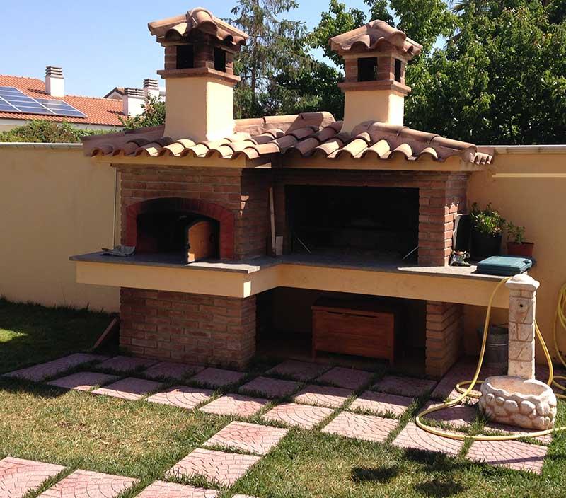 Cheap barbecue a base comprensivo di forno with - Costruire forno a legna economico ...